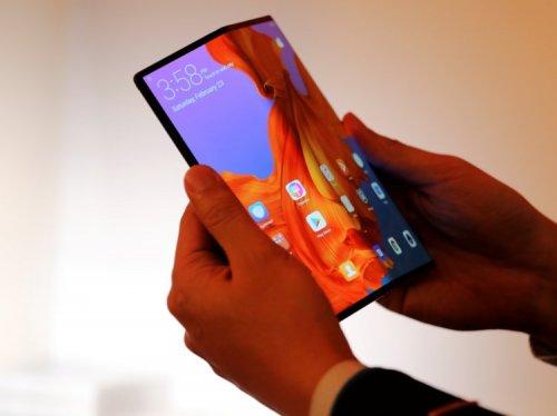 Huawei Mate X — первый в мире складной 5G-смартфон